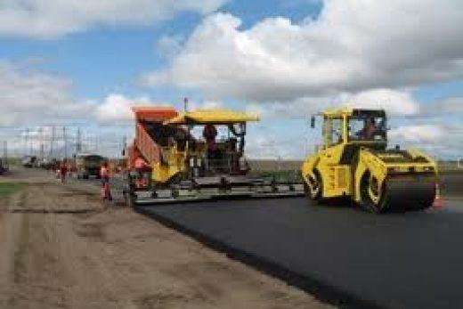 Реконструкция дорог-асфальтоукладчик