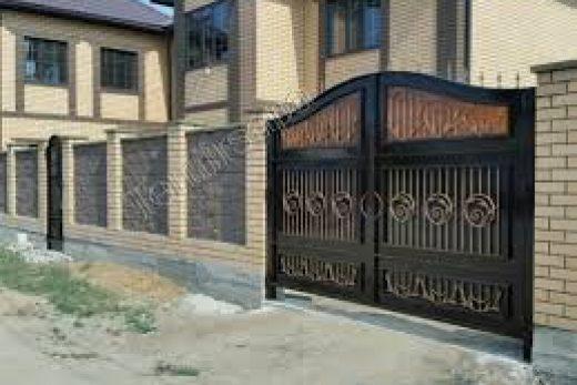Купить ворота — это значит установить надежную защиту от проникновения.